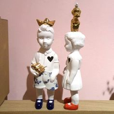 Clonette boy and girl dolls by Lammers en Lammers, two Dutch sisters who make traditional Dutch figures in porcelain.