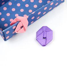 Origami paperclips tutorial: https://youtu.be/Wofez2uOcXk