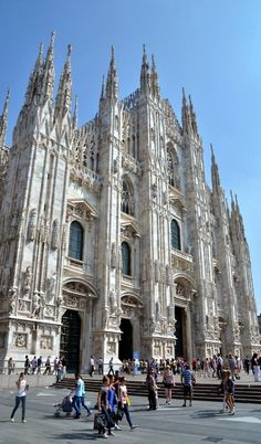 Duomo di Milano, Italy (by James Brew (www.jamesbrew.com))