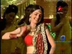 Khushi Kumari Gupta (Sanaya Irani)- Dancing to Bahara at Star Parivaar K...