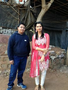 Disha Parmar with her fan