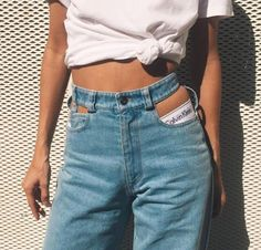casual summer outfits for women Denim Fashion, 90s Fashion, Womens Fashion, Fashion Trends, Fashion Beauty, Catwalk Fashion, Fashion News, Fashion Dresses, Jumpsuit Denim