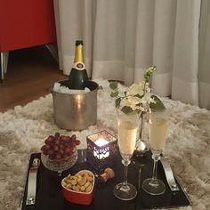 """2,168 curtidas, 41 comentários - Aline Reginato  (@alinereginato) no Instagram: """"Todo dia é dia de celebrar o amor!!❤❤❤❤ #amor #melhorlugardomundo #amo #celebraravidasempre…"""""""