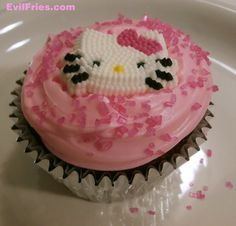 Cupcake - Hello There, Kitty - www.EvilFries.com