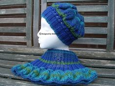 Your place to buy and sell all things handmade Knitted Hats, Crochet Hats, Hat And Scarf Sets, Neck Warmer, Beret, Beautiful Hands, Color Mixing, Hand Knitting, Cowl