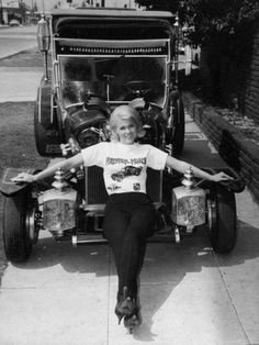 "theghouligans: "" Pat Priest, The Munsters. The Munsters, Munsters Tv Show, Old Tv Shows, Movies And Tv Shows, La Familia Munster, Beverly Owen, Classic Tv, Classic Cars, Marilyn Munster"
