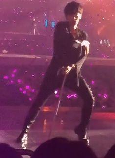 EXO @ EXO'rDIUM - Artificial Love (Baekhyun focus)