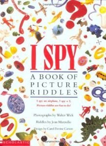 """""""I Spy: A Book Of Picture Riddles"""" by Walter Wick and Jean Marzollo. 27 Forgotten Book Covers From Your Childhood That You'll Immediately Remember On Sight Right In The Childhood, 90s Childhood, My Childhood Memories, Childhood Games, Oldies But Goodies, I Spy Books, Kid Books, Baby Books, Nicky Larson"""