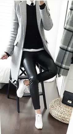 Skinny Jeans Plus Size . Skinny Jeans Plus Size Casual Work Outfits, Mode Outfits, Work Casual, Casual Chic, Winter Fashion Outfits, Look Fashion, Winter Outfits, Autumn Fashion, Womens Fashion