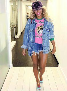 Beyoncé Leaving 'Bagatelle' Restaurant in New York City, (Oct. 3rd, 2016)