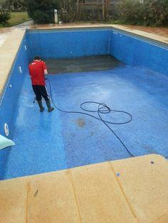 Pool deck pressure cleaning pressure washing gallery for Pressure clean pools