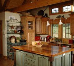 Idee per arredare la cucina in stile rustico - Cucina rustica verde salvia Ideas to furnish the kitchen in rustic style - Sage green rustic kitchen