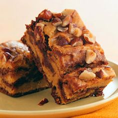 Chocolate and pumpkin make a frightfully gooey pair in these creamy pumpkin-swirl brownies.