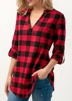 Long Sleeve Plaid Print Curved Blouse.