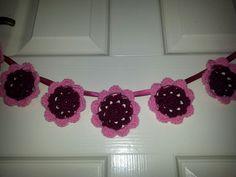 Crochet flower mini bunting