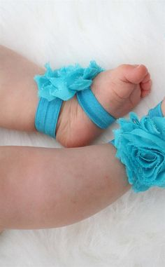 How cute is this?! Tons of adorable baby accessories. Check them out!