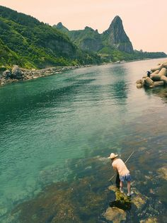 Fisherman in Ulleungdo Island, South Korea (by postscapes).