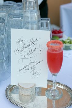 Adding a favorite cocktail is a great way to add personality to your #weddingreception