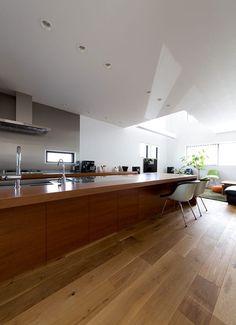 秘密基地のある家のキッチン1