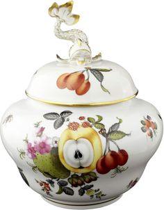 Deckeldose Herend 2. Hälfte 20. Jh. Porzellan mit feiner, polychromer Früchte- und Insektenmalerei — Porzellan: Geschirr - Tafelzier