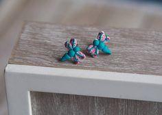 Dragonfly Jewelry Artisan Earrings Blue Stud Earrings Bug Cute Cartilage Earrings, Stud Earrings, Handmade Jewelry, Unique Jewelry, Handmade Gifts, Dragonfly Jewelry, Bugs, Artisan, Hand Painted