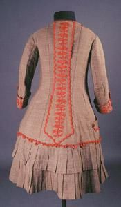 1877 Red embroidered dress back view