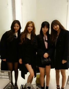 Girls at taeyang wedding
