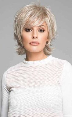 Trendy Ideas Haircut For Women Over 60 Over 60 Hairstyles Hair Styles For Women Over 50, Short Hair Styles Easy, Short Hair With Layers, Short Hair Cuts, Medium Hair Styles, Curly Hair Styles, Hair Medium, Pixie Cuts, Short Pixie