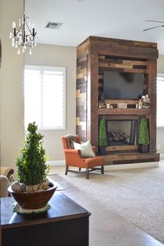 Kuiken Brothers Weaber Weathered Wall Boards Reclaimed Lumber Is Typically Used For Flooring But Many Designers Have Been Incorporating It Into