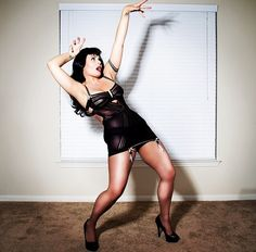 Strike A Pose, pinup Style ;)