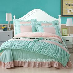 this tiffany blue bedding sets is made by 300 thread count 100 high quality pure