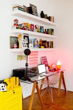 trendy home office simple feminino Home Office Design, Home Office Decor, Home Decor, Study Room Decor, Bedroom Decor, Home Office Inspiration, Office Ideas, At Home Furniture Store, Minimalist Room