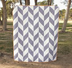 POPPYSEED FABRICS: First Quilt done in 2014 -Herringbone