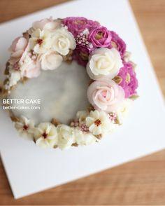 Done by student of Better class www.better-cakes.com   Mailbettercakes@naver.com Linebetter_cake FacebookBetter Cake Kakaotalkleesumin222  #buttercream#cake#베이킹#baking#bettercake#like#버터크림케익#베러케이크#cupcake#flower#꽃#sweet#플라워케익#foodporn#birthday#wedding#디저트#bettercake#dessert#버터크림플라워케익#follow#food#koreancake#beautiful#flowerstagram#instacake#컵케익#꽃스타그램#베이킹클래스#instafood#flowercake