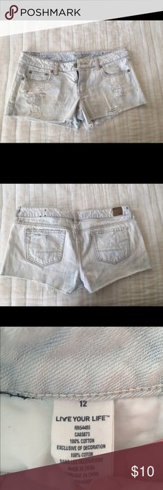 American Eagle Outfitters denim shorts American Eagle Outfitters denim shorts. Has a stain that can possibly come out.  Price reduced because of stain. American Eagle Outfitters Shorts Jean Shorts