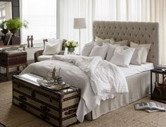 Lifestyle | Artwood- Obsessed with this headboard. I must master the art of tufting. And not to mention those flowy white sheer curtains. must add to my room.