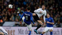 Lezione di calcio tedesca ieri sera a Monaco dove l'Italia subisce un pesante 4-1. C'è da pensare al futuro, un nome lo facciamo noi...