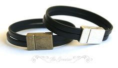Hey, I found this really awesome Etsy listing at https://www.etsy.com/listing/126000189/mens-leather-bracelet-simple-black