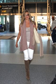 Jennifer Aniston Knee High Boots - Jennifer Aniston Looks - StyleBistro