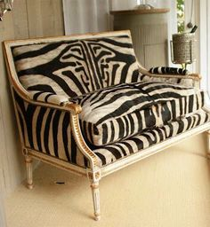 5 Radiant Clever Ideas: Old Vintage Home Decor Flea Markets classy vintage home decor beautiful.Vintage Home Decor Antiques Apartment Therapy vintage home decor eclectic mirror.Vintage Home Decor Farmhouse Wire Baskets. Animal Print Furniture, Animal Print Decor, Animal Prints, Vintage Home Decor, Vintage Furniture, Furniture Design, Furniture Ideas, Vintage Settee, Home Decor Pictures
