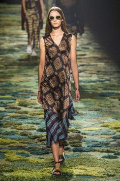 Dries Van Noten Spring 2015 Ready-to-Wear - Dries Van Noten Ready-to-Wear Collection