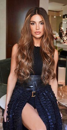 Ash Brown Hair Color, Golden Brown Hair, Brown Blonde Hair, Long To Short Hair, Brunette Highlights, Great Hairstyles, Love Hair, Curly Hair Styles, Hair Makeup