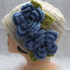 Inspiratation:  Crochet Cloche Flapper Hat Vintage Style Linen and Blue