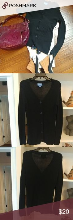 Simply Vera (Vera Wang) Cardigan Classic Black knit cardigan sweater. Great condition Simply Vera Vera Wang Sweaters Cardigans