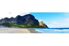 The wide open expanse of Bunes Bay, just a short boat ride and walk from Reine.