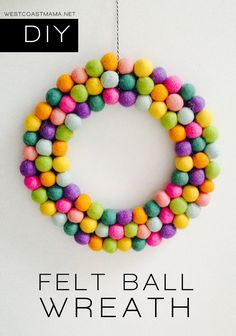 felt ball wreath tutorial