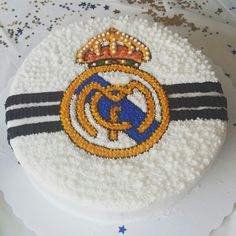 Real Madrid Birthday Cake by La Petite Cake Pops ⚽