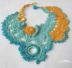 crochet necklace -- I like this idea too as a cover up for a low neckline blouse. Freeform Crochet, Crochet Motif, Crochet Lace, Love Crochet, Irish Crochet, Crochet Flowers, Loom Patterns, Crochet Patterns, Crochet Necklace Pattern