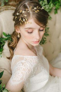 This beautiful handm Wedding Hair Colors, Hair Comb Wedding, Wedding Hair Pieces, Bridal Tiara, Bridal Headpieces, Gold Tiara, Gold Headpiece, Wedding Hair Inspiration, Wedding Ideas