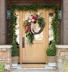 Farmhouse pink hydrangea wreath - Rustic home decor Green Hydrangea, Hydrangea Wreath, Autumn Wreaths For Front Door, Front Door Decor, Wreath Storage, Red Geraniums, Home Decor Sale, Nature Decor, Summer Wreath